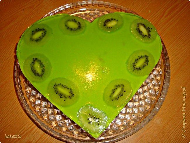 Я сегодня с тортиком на быструю руку, так сказать из того что было под рукой) Решала мужа порадовать 23 февраля, но печь ничего не хотелось... фото 1