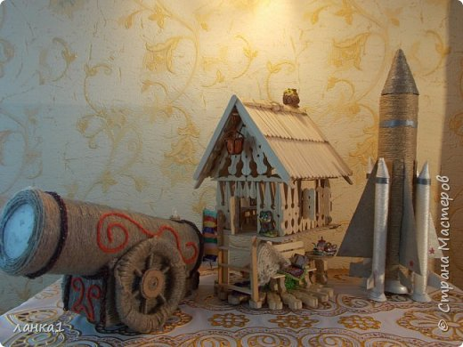 Сделала вот такие подарочки для моих мужчин.Домик  я показывала ранние, а теперь пушка и ракета. фото 10