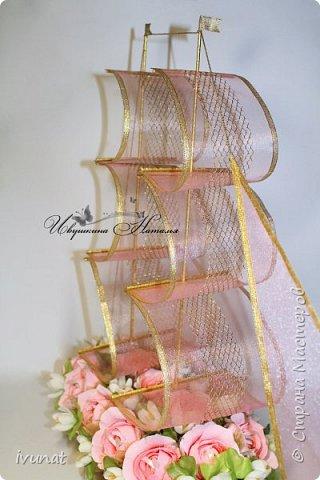"""Заказали что-нибудь на свадьбу. 10 лет, а это """"Розовая"""".   Предложила несколько вариантов - выбрали кораблик. фото 9"""