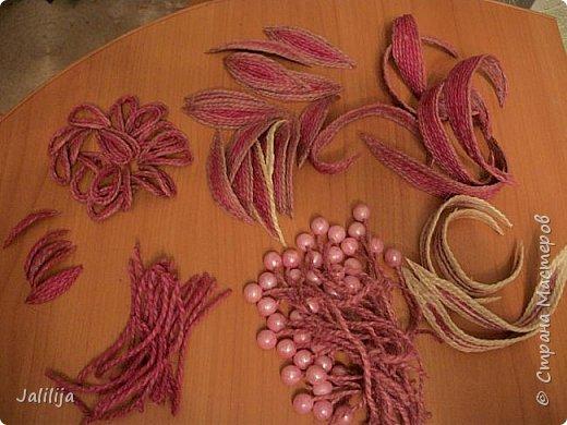 Уважаемые жители и гости Страны мастеров! Эти часы декорированы джутовой верёвкой, которую я предварительно покрасила. Хочу поделиться с вами, как это делается. фото 10