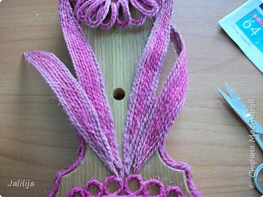 Уважаемые жители и гости Страны мастеров! Эти часы декорированы джутовой верёвкой, которую я предварительно покрасила. Хочу поделиться с вами, как это делается. фото 21