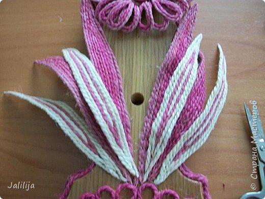 Уважаемые жители и гости Страны мастеров! Эти часы декорированы джутовой верёвкой, которую я предварительно покрасила. Хочу поделиться с вами, как это делается. фото 22