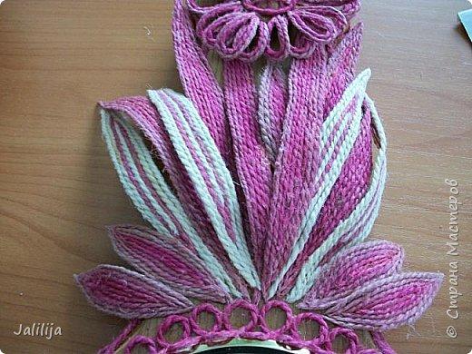 Уважаемые жители и гости Страны мастеров! Эти часы декорированы джутовой верёвкой, которую я предварительно покрасила. Хочу поделиться с вами, как это делается. фото 24