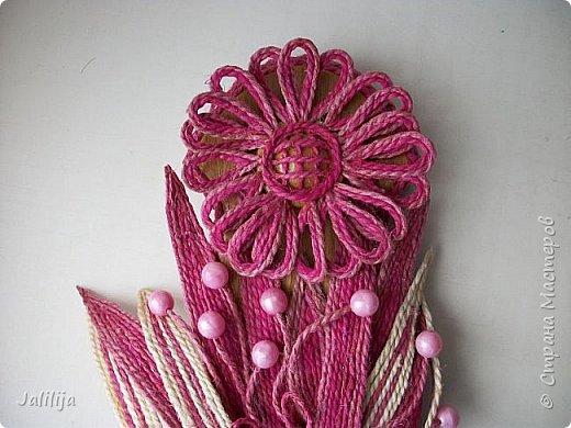 Уважаемые жители и гости Страны мастеров! Эти часы декорированы джутовой верёвкой, которую я предварительно покрасила. Хочу поделиться с вами, как это делается. фото 32