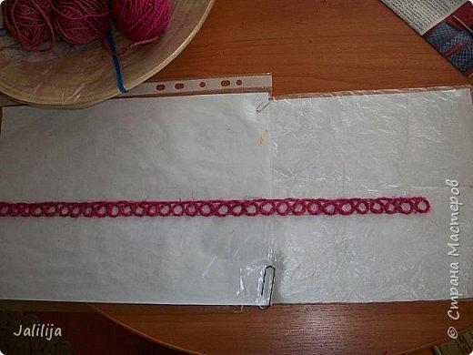 Уважаемые жители и гости Страны мастеров! Эти часы декорированы джутовой верёвкой, которую я предварительно покрасила. Хочу поделиться с вами, как это делается. фото 7