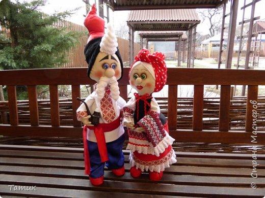 Пара украинцев Валюшка и Борис. Никого не оставляют равнодушными! Высокие Валюшка 50 см., а Борюнчик 72 см. с шапкой.  фото 1