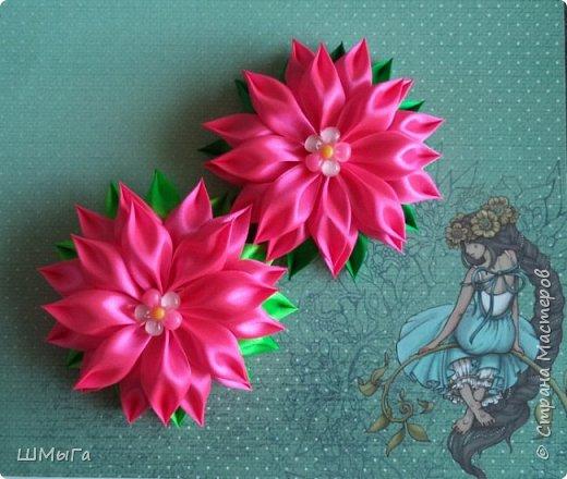 Осваивала цветочки по МК Нели Идрисовой http://stranamasterov.ru/node/1004912?c=new_1724%2C451 Огромная благодарность Мастерице! фото 1