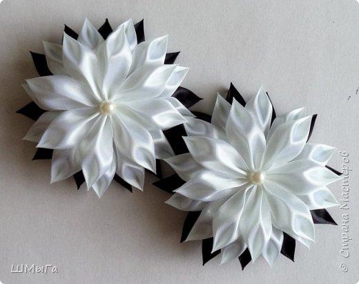 Осваивала цветочки по МК Нели Идрисовой http://stranamasterov.ru/node/1004912?c=new_1724%2C451 Огромная благодарность Мастерице! фото 8