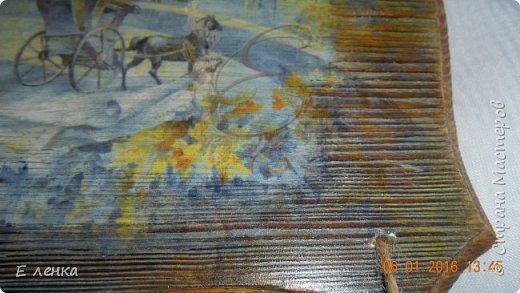 Очень люблю картины Риммы Вюговой. Так случилось, что в руки попали дощечки из сосны, муж подарил дримель... ну в общем совпало ))) Попробовала впервые сделать обжиг, браш и вживление распечатки. Что получилось - судить вам. фото 7