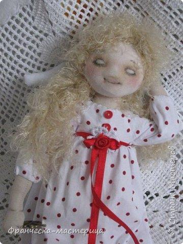"""Добрый день, Страна Мастеров и Мастериц!!! Представляю вам мои новиночки. Эти куклы в заказе и отправятся к новым хозяевам после выходных. Первая из заказанных кукол """" Принцесса Анна"""" ростом в 53 см, сшита из хлопка, набивка - синтепух, волосы из полушерстяной пряжи уложены в статичную причёску.  фото 9"""