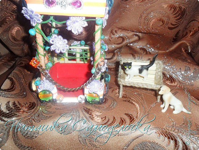 Всем привет.Вот такая сказочная беседка получилась,а еще есть скамейка и кошка с собакой.Приятного просмотра! фото 8