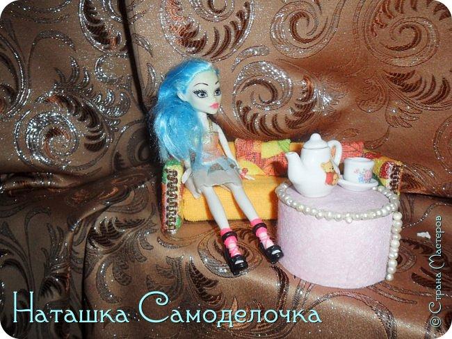 Привет всем жителям страны!!!Попросила дочка мебель смастерить,давайте смотреть ,что из этого вышло))) фото 2