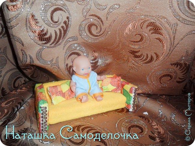 Привет всем жителям страны!!!Попросила дочка мебель смастерить,давайте смотреть ,что из этого вышло))) фото 4