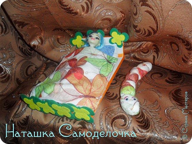Привет всем жителям страны!!!Попросила дочка мебель смастерить,давайте смотреть ,что из этого вышло))) фото 17