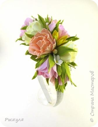 А теперь хочу Вам показать цветы из тонкого Иранского фоамирана Ободок с разноцветными розочками на заказ фото 1