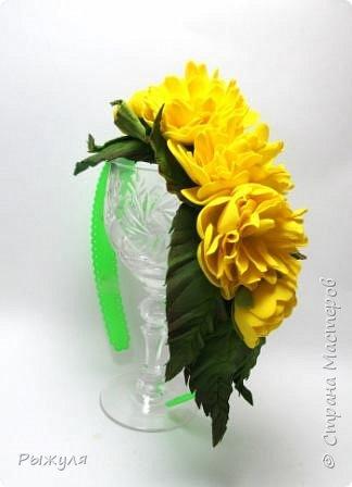 А теперь хочу Вам показать цветы из тонкого Иранского фоамирана Ободок с разноцветными розочками на заказ фото 8