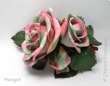 А теперь хочу Вам показать цветы из тонкого Иранского фоамирана Ободок с разноцветными розочками на заказ фото 6