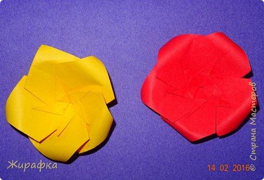 Эти панно сделала Горбунова Настя, 15 лет. Пятицветковое для конкурса, а состоящее из трёх маков останется на стенде. фото 15