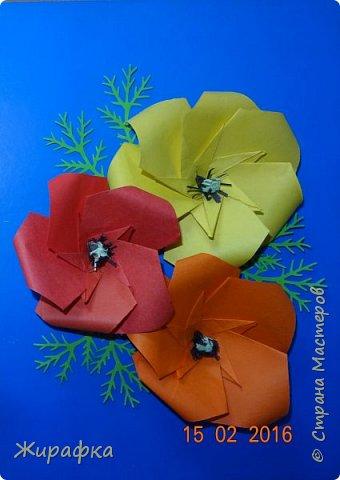 Эти панно сделала Горбунова Настя, 15 лет. Пятицветковое для конкурса, а состоящее из трёх маков останется на стенде. фото 16