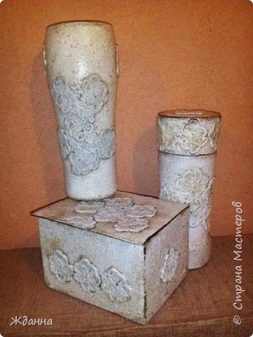 Здравствуйте, жители Страны! Попробовала новую для меня технику Каменные кружева. МК здесь http://stranamasterov.ru/node/945675?c=favorite  Коробочка, банка из-под кофе и высокий стеклянный бокал. фото 2