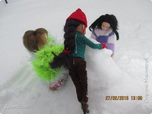 Привет всем! Мы новенькие. Юми, GLaDOS и Саша поехали с нами на дачу. Что они там делали, смотрите ниже. Юми: Я крутая лыжница! фото 17