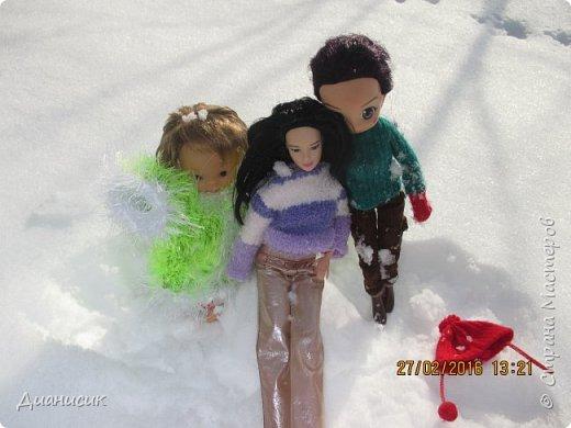 Привет всем! Мы новенькие. Юми, GLaDOS и Саша поехали с нами на дачу. Что они там делали, смотрите ниже. Юми: Я крутая лыжница! фото 28
