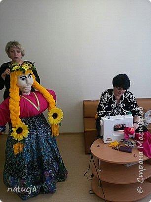 """наша кукла """"масленница"""" подготовлена к районному конкурсу фото 7"""