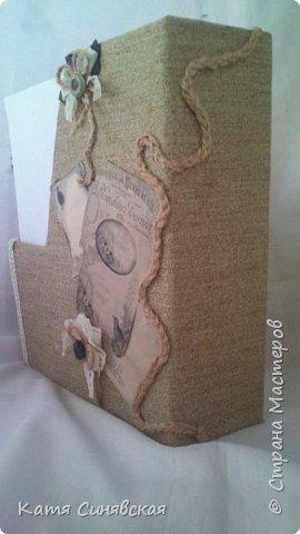 Вот такой наборчик сделала себе на работу. Использовала разные баночки, картон, а для декора ткань, кружево, мешковину, шпагат и кожу. фото 5