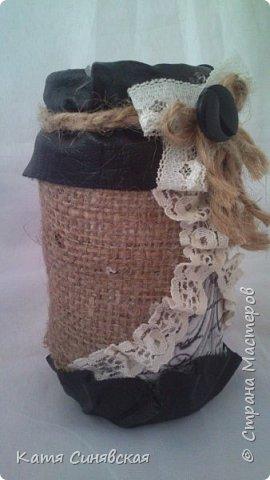 Вот такой наборчик сделала себе на работу. Использовала разные баночки, картон, а для декора ткань, кружево, мешковину, шпагат и кожу. фото 17