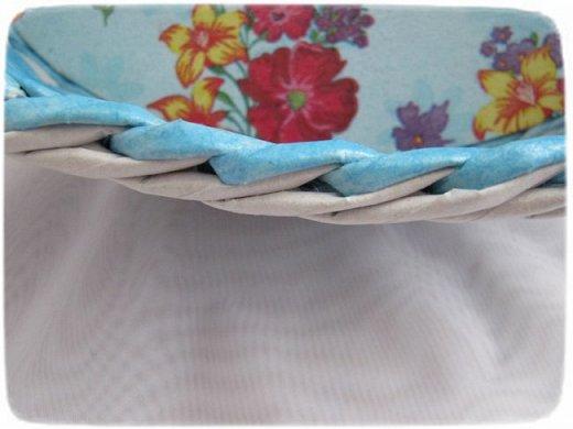 Всем привет!  Спустя год, я снова вышиваю лентами! Мною любимую технику решила применить на плетеной шкатулке. фото 25
