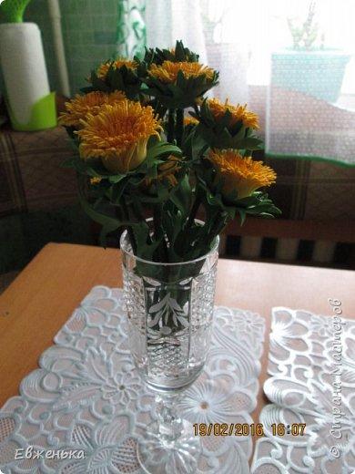 """В детском саду проходит выставка цветов. Вот такие """"солнышки"""" получились у нас с дочкой благодаря замечательным МК замечательной мастерицы Олечки Сыротюк (Сафинка). Олечка, спасибо огромное!!!! фото 2"""