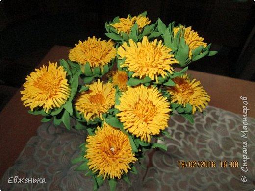 """В детском саду проходит выставка цветов. Вот такие """"солнышки"""" получились у нас с дочкой благодаря замечательным МК замечательной мастерицы Олечки Сыротюк (Сафинка). Олечка, спасибо огромное!!!! фото 1"""