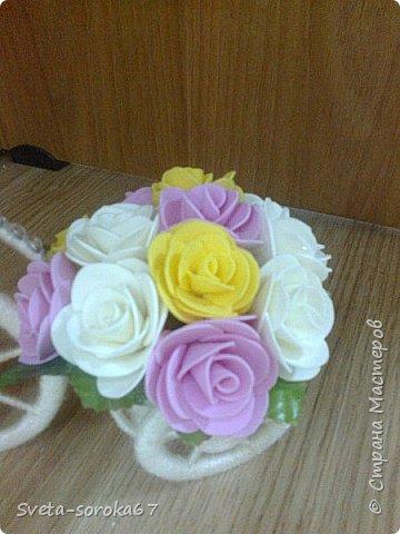 Доброе  время суток,  Стран Мастеров!  Пора усиленно готовиться  к празднику!  Запасаться  цветами и сувенирами,  хорошо, что у нас  можно  совместить   и   то  и  другое.                                                    фото 5