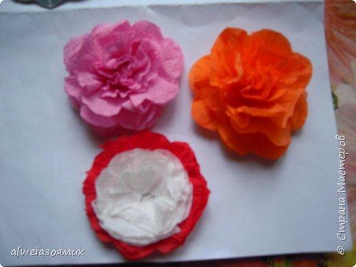 цветы из  салфеток фото 7
