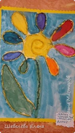 Коллективная работа детей « Что за чудо- Африка». ( нетрадиционная форма работы: ладошки, кулачки, пальчики) пальчики) Что за Африка-страна, Где лишь лето и весна, Где кругом стоит жара – Все узнать о ней пора. Что за звери там живут, Что за птицы там поют, Сплошь загадками полна, Что за Африка-страна?   фото 6
