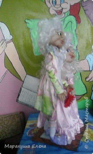 Здравствуйте! Эта сладкая (потому что в нежно-розовых тонах, как конфетки)  парочка новобрачных, отличный подарок сделанный своими руками для семейной пары! Будь то юбилей свадьбы,или день бракосочетания,либо день Семьи)) Рост 40 см., вместе с цилиндром)) фото 2