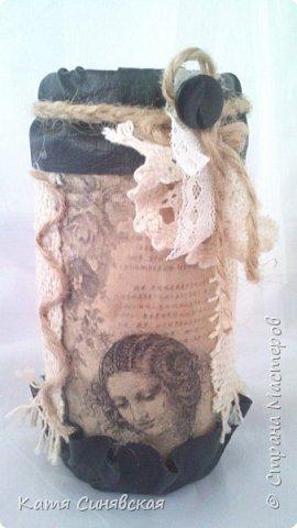 Вот такой наборчик сделала себе на работу. Использовала разные баночки, картон, а для декора ткань, кружево, мешковину, шпагат и кожу. фото 19