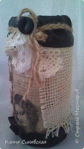Вот такой наборчик сделала себе на работу. Использовала разные баночки, картон, а для декора ткань, кружево, мешковину, шпагат и кожу. фото 21