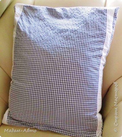 """Так как сын не любит заправлять постель, я нашла выход-сшила хитрую наволочку на подушку.У нее две функции-и декоративная,и как постельное белье. Это """"лицевая"""" сторона. фото 2"""