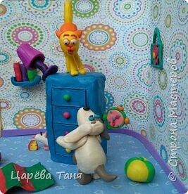 """Здравствуйте!!!! Эту пластилиновую историю я лепила для выставки """"Моя мама кудесница"""" в детский сад. Основной сюжет взяла из книги Рони Орена. Ну а детали - моя фантазия. фото 2"""