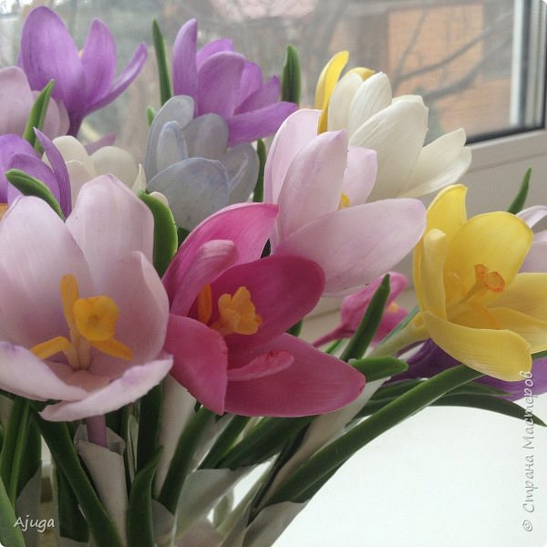 Крокусы к первому дню весны!!Холодный фарфор. Ручная работа. фото 1