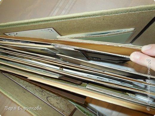 Вот такие гиганты у меня получились, представляю на Ваш суд два похожих альбома, форматом А4, рассчитанные на 150 фотографий. При желании можно и больше!!!!! фото 3
