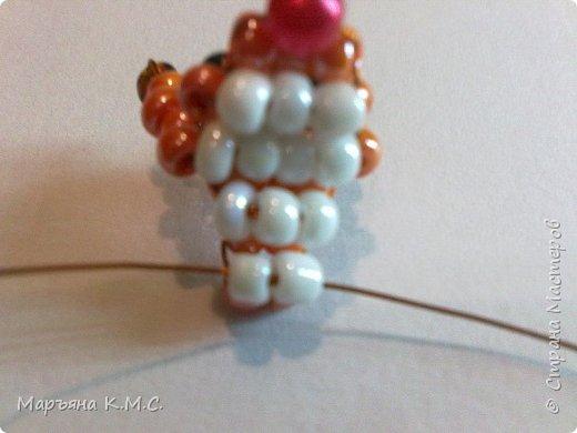 Белочка в технике объемного паралельного плетения. Это мое творение. Белочка была придумана мною несколько лет назад. Решила сделать очень подробный мастер-класс. Надеюсь, что вам понравится) фото 20