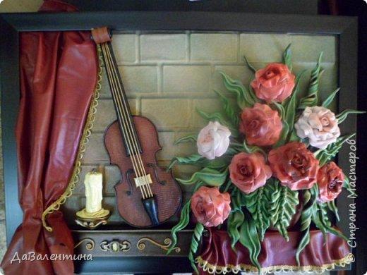 Друзья, представляю Вам еще одну картину со скрипкой «Розы для Эллочки». Картина сделана в подарок на 25-летие для родственницы, которую всегда восхищали мои картины, особенно со скрипками. Картина размером 70смх50см без рамы.  Чтобы подарок был более личным, сделала в картине фантазийный портрет именинницы.  А теперь фото поэтапного преображения картины. Без описания, думаю и так всё будет понятно!  фото 7