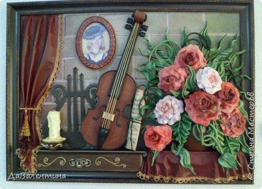 Друзья, представляю Вам еще одну картину со скрипкой «Розы для Эллочки». Картина сделана в подарок на 25-летие для родственницы, которую всегда восхищали мои картины, особенно со скрипками. Картина размером 70смх50см без рамы.  Чтобы подарок был более личным, сделала в картине фантазийный портрет именинницы.  А теперь фото поэтапного преображения картины. Без описания, думаю и так всё будет понятно!  фото 11
