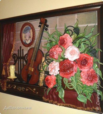 Друзья, представляю Вам еще одну картину со скрипкой «Розы для Эллочки». Картина сделана в подарок на 25-летие для родственницы, которую всегда восхищали мои картины, особенно со скрипками. Картина размером 70смх50см без рамы.  Чтобы подарок был более личным, сделала в картине фантазийный портрет именинницы.  А теперь фото поэтапного преображения картины. Без описания, думаю и так всё будет понятно!  фото 14