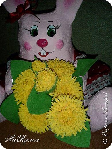 Приветствую всех жителей Страны. Сегодня я к Вам в гости с зайкой. которую сделала в детский сад к 8 марта. фото 5