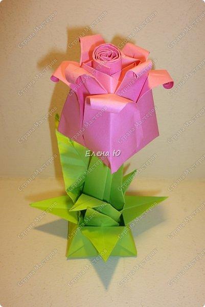 Такие бутоны роз на подставочке (или в вазоне)   мы сделали с ребятами мамам на 8 Марта:  фото 1
