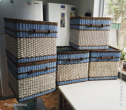 Ну вот и завершён заказ. 5 коробов размером 40*40*40 см. Смотрю на них и думаю, как бы и мне они не помешали в хозяйстве. Но как известно: плетельщик без коробов :)))  фото 1