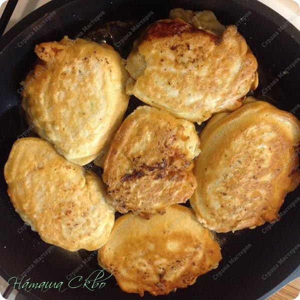 """Всем доброго времени суток! Сегодня я к вам с рецептом """"И в пир, и в мир!""""- это куриные котлетки в кляре. В кляре и с начинкой!  фото 9"""